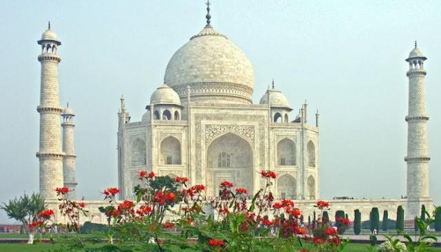 Umat Muslim Dilarang Shalat di Masjid Taj Mahal India Kecuali Haji Jum'at
