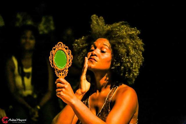"""Espetáculo """"Lótus"""" apresenta afetividade e solidão da mulher negra"""
