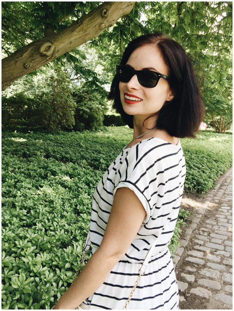 fashion, summer outfit, h&m striped dress, accessorize lemon bag