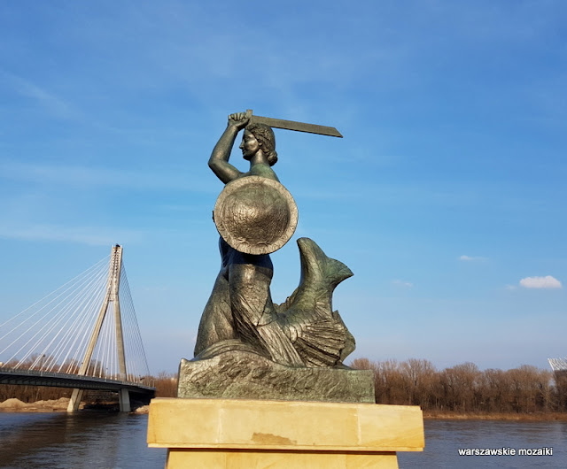 Warszawa Warsaw Syrena pomnik rzeźba Powiśle Ludwika Nitschowa Krystyna Krahelska