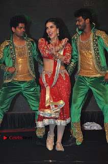 Bollywood Actress Model Sunny Leone Dance Performance in Red Half Saree at Rogue Audio Launch 13 March 2017  0055.jpg