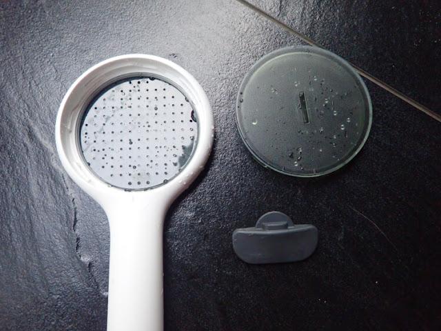 hand shower yang mudah dibersihkan