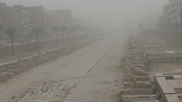 عاصفة التنين وهيئة الانواء الجوية العراقية تحذر من أمطار غزيرة.