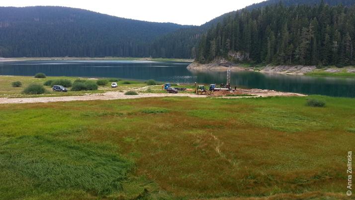 Работы около Черного озера, Черногория