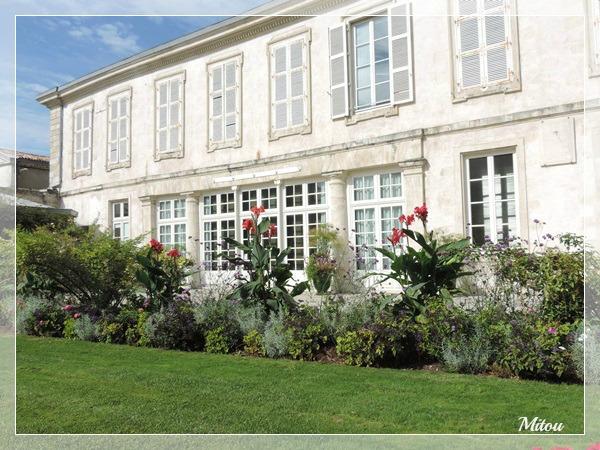 mitou la bretonne le jardin des plantes la rochelle. Black Bedroom Furniture Sets. Home Design Ideas