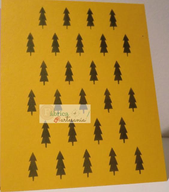 Primer plano del panel amarillo
