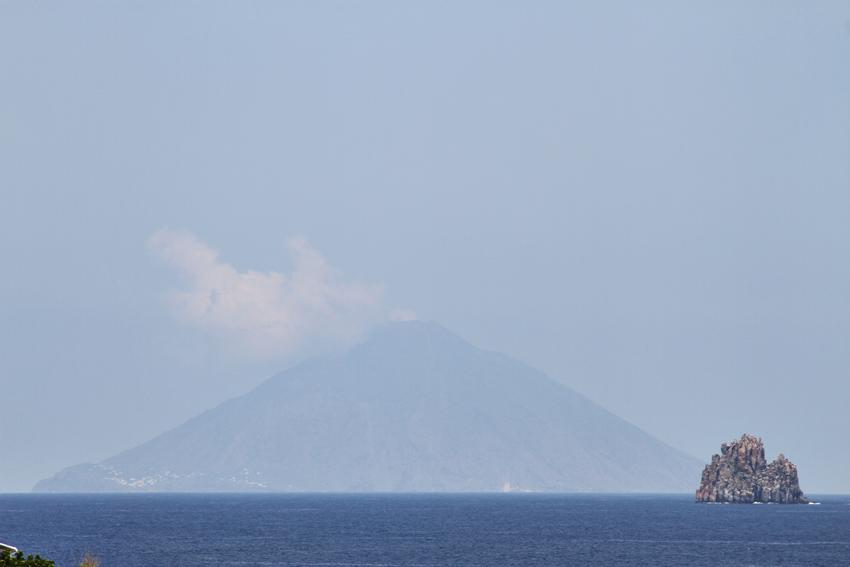 Widok na wyspę Stromboli