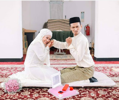 Foto Pengantin Malaysia yang Romantis dan Lucu