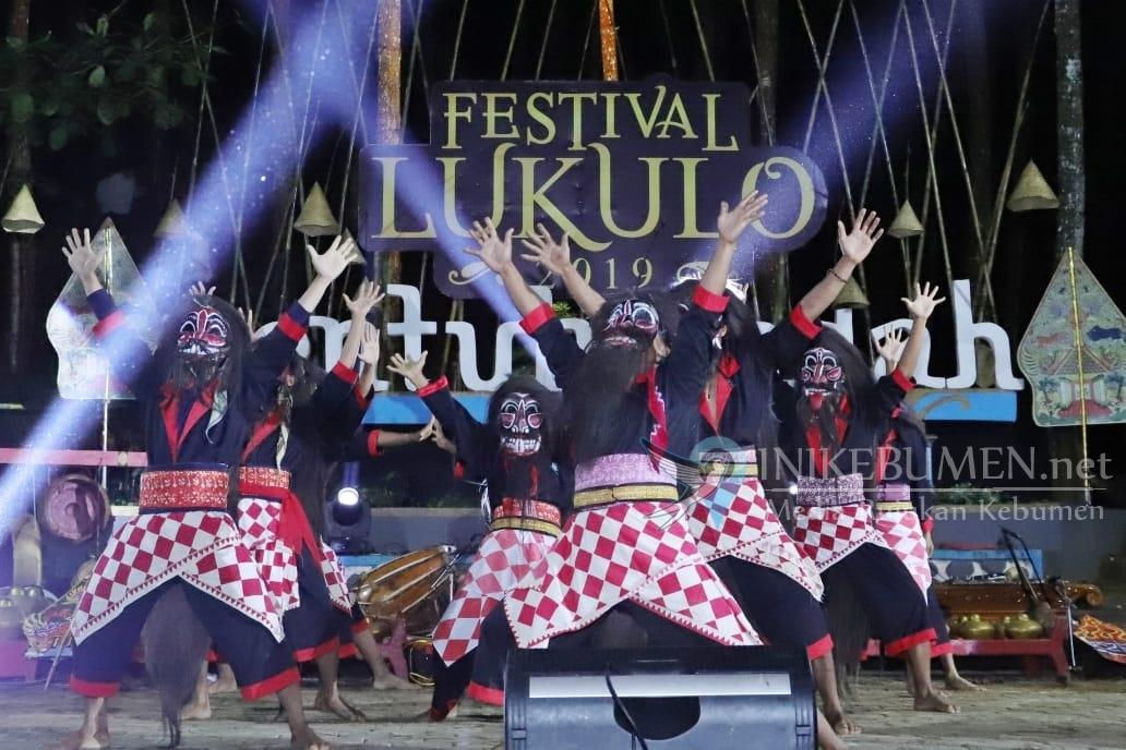 Buka Festival Lukulo 2019, Bupati Kebumen Ajak Masyarakat Jaga  Kawasan Geopark