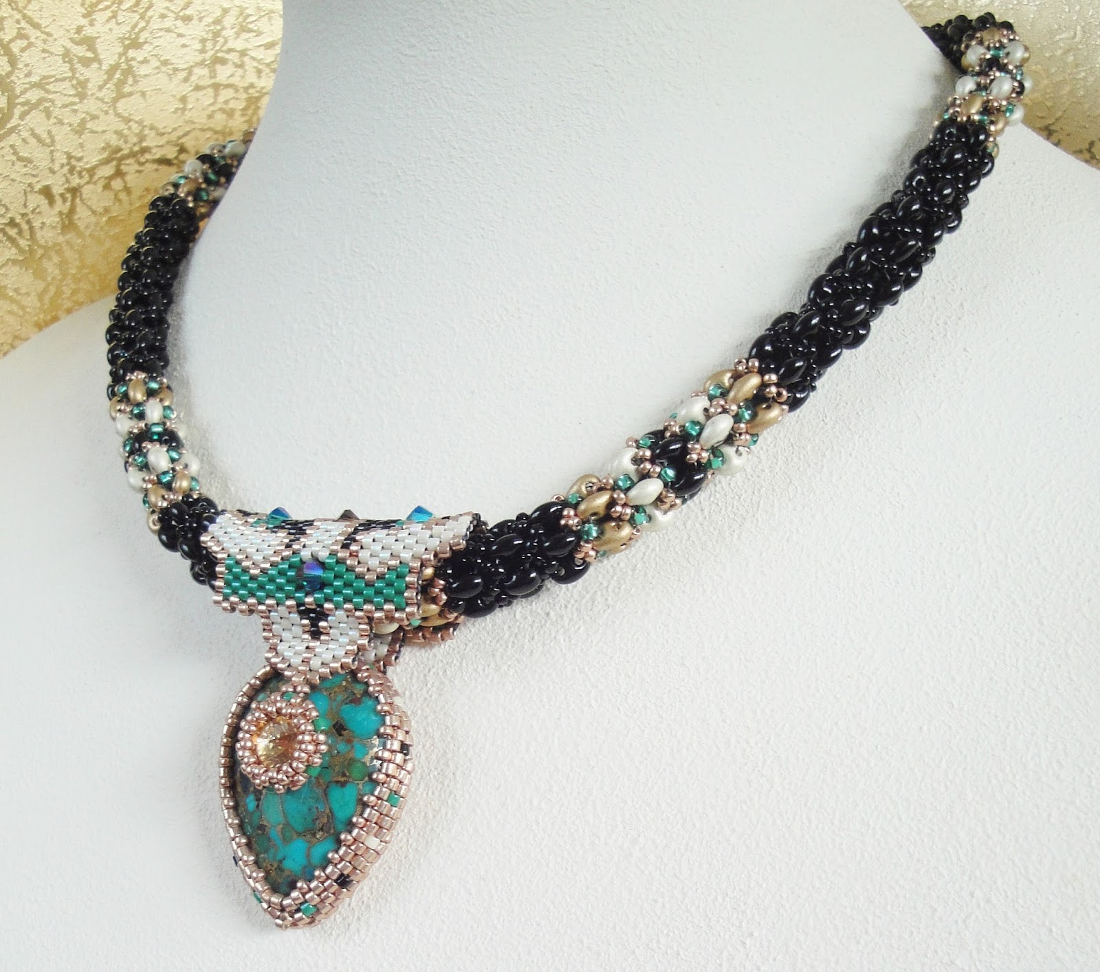 Not without my beads – Nicht ohne meine Perlen Peyote Mosaik