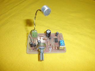 detector de voz, ne555 , circuito activado por la voz