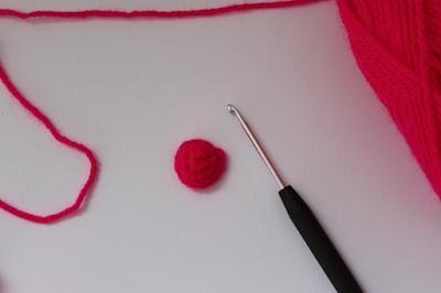 Häkelanleitung für 3D-Herzen von Ars Vera
