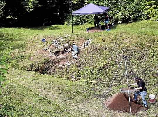 Dig extended at site of 1750s British, American encampments