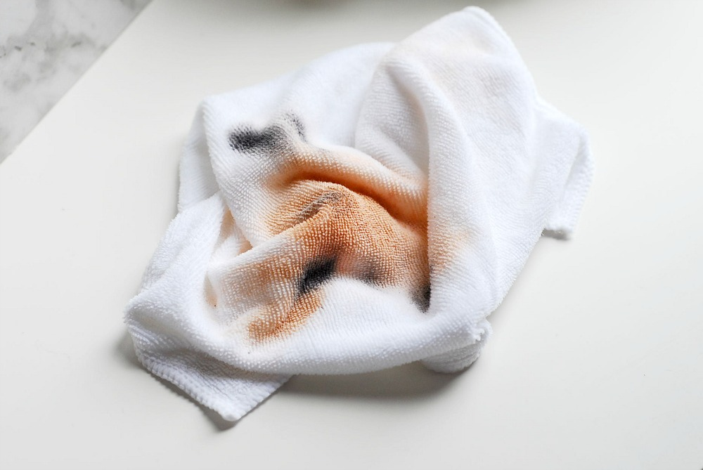 Washing the FaceOff Makeup Remover Cloth