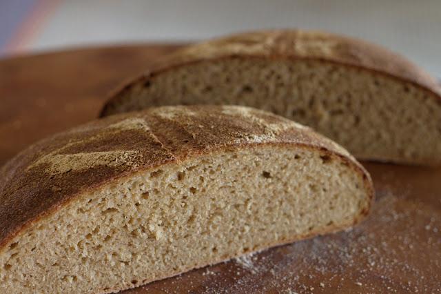 Whole wheat poolish loaf