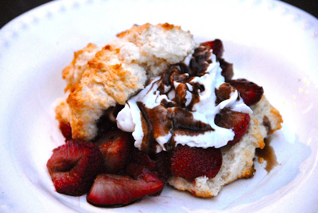 roasted balsamic vinegar strawberry shortcake biscuit dessert
