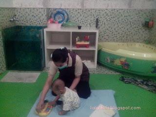http://lialathifa.blogspot.com/2016/08/sensasi-baby-spa-di-mom-n-jo.html