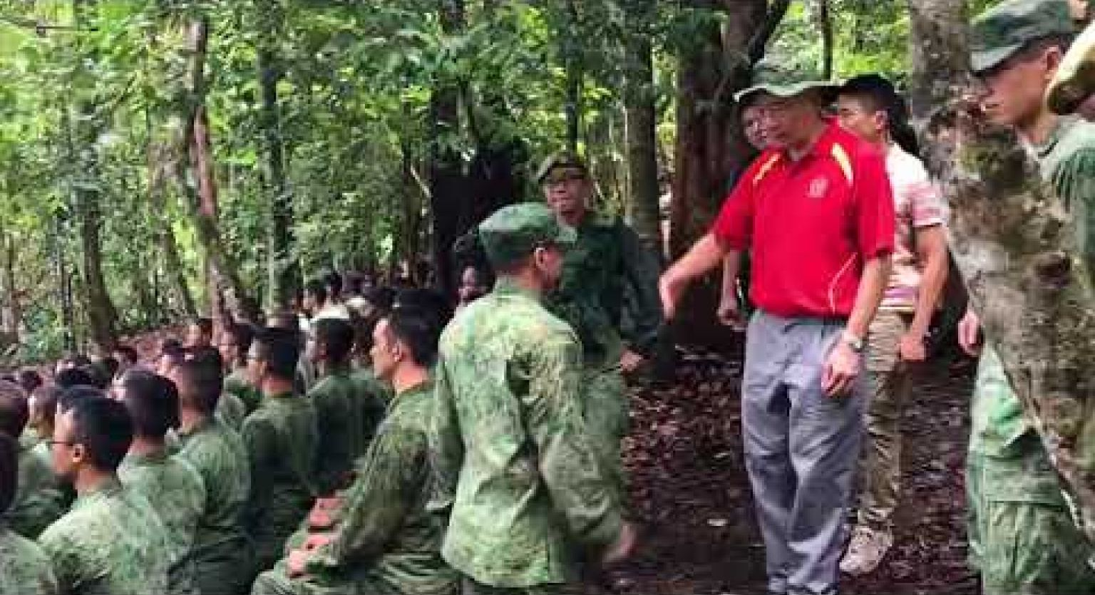 PM Lee visits SAF troops in Temburong
