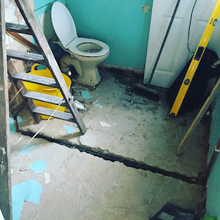 Mymummyspam, My Mummy Spam, bathroom, august, blog, home deco, renovations, building, building site, ladder, level, broom, dust, build, home improvments, toilet,