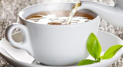 uống trà giúp bạn giảm cân