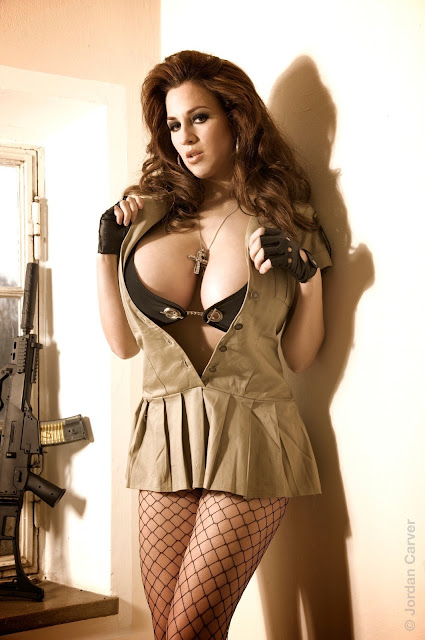 sexy-Jordan-Carver-sheriff-hot-wallpaper-10
