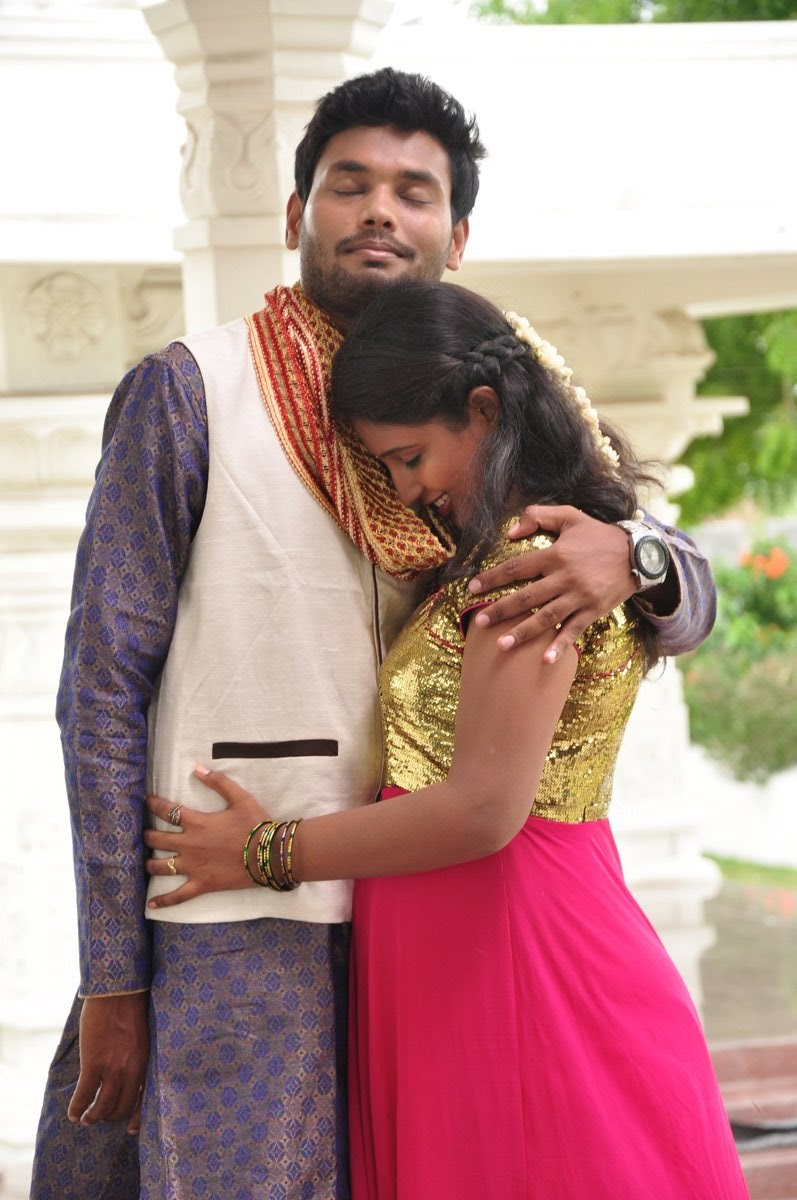 Idho Prema Lokam movie stills-HQ-Photo-14