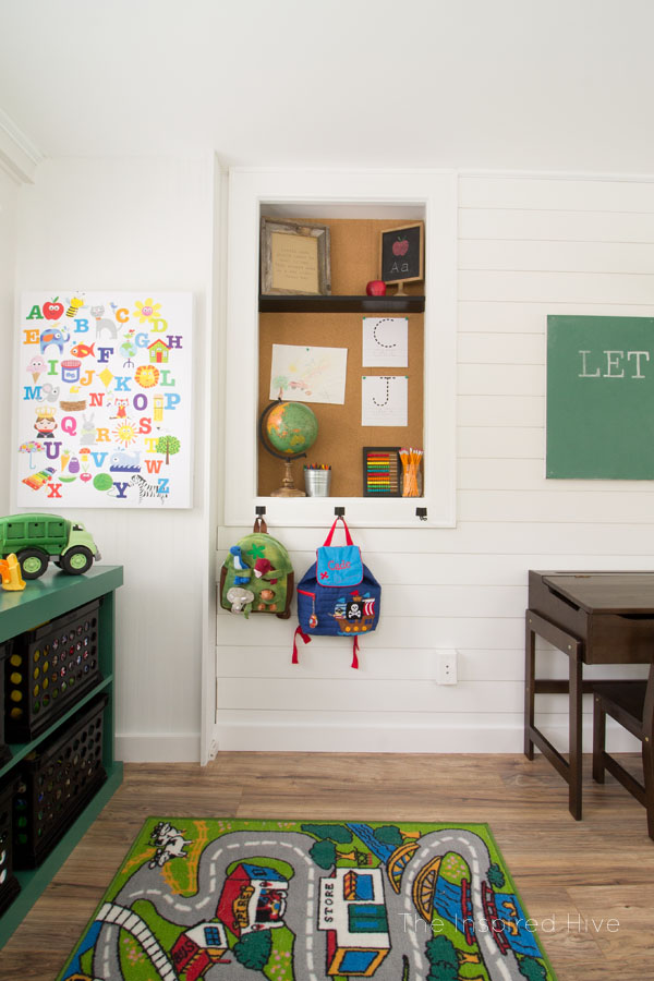Decor Ideas For A Vintage Modern Schoolhouse Themed Playroom. Cute Kids Room  For A Modern