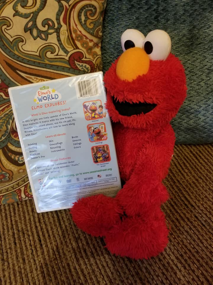 Elmo S World Elmo Explores Is The Perfect Gift For Your