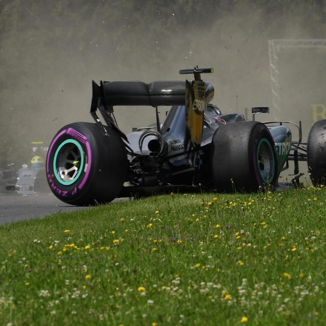 Rosberg Mendapat Pinalti di Balapan Austria