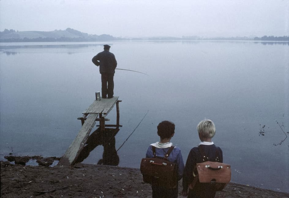 Mesmerizing Photos Capture Daily Life In Poland Back In The Early 1980s