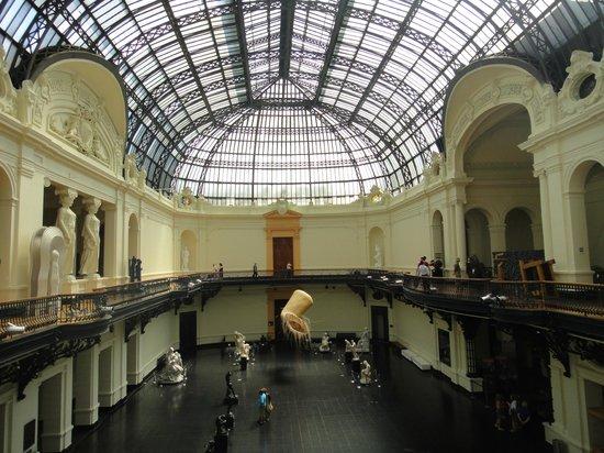 Interior del museo de bellas artes de Santiago de Chile