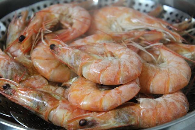 Tips Membersihkan Udang Supaya Tak Aroma Amis