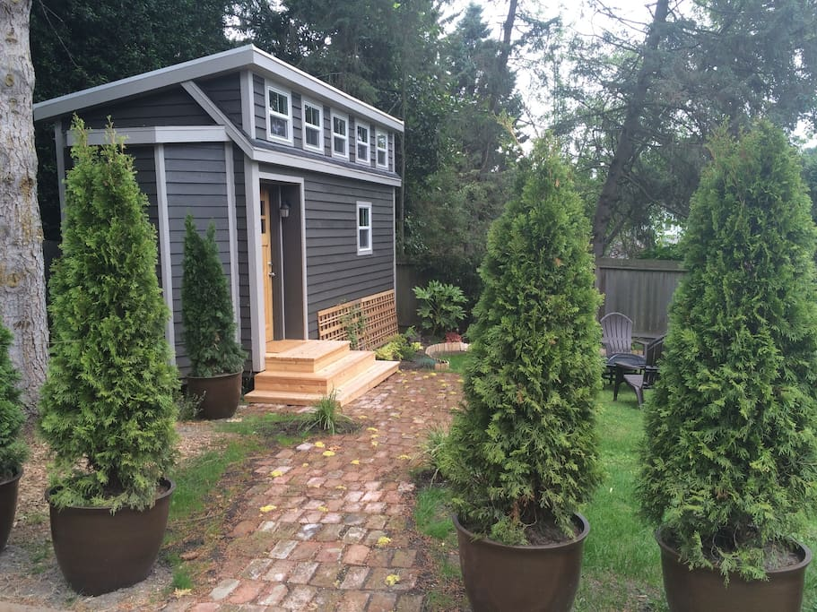 Tiny Home Designs: TINY HOUSE TOWN: Beautiful Seattle Tiny House