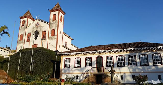 Centro Histórico, Serro, Minas Gerais, Caminho dos Diamantes, Estrada Real, Igreja de Nossa Senhora do Carmo, Praça João Pinheiro