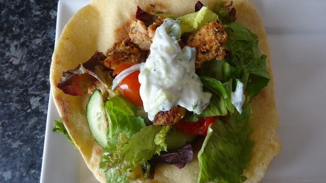 chicken-gyros-with tzatziki-sauce-easy-grill-healthy-barbecue-Greek-food-salad-flat-bread-pita-Mediterranean-food