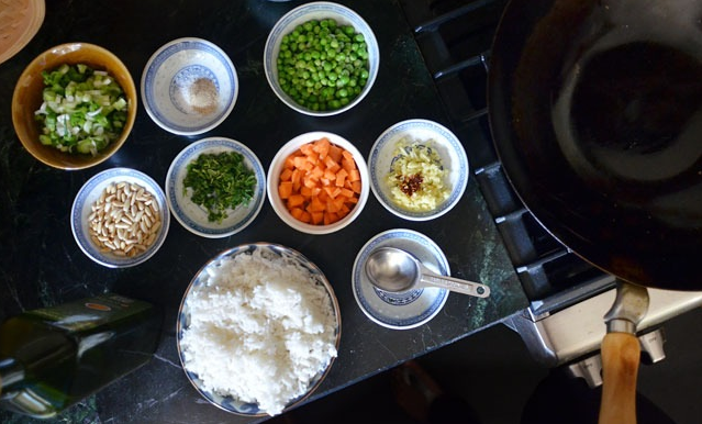 How to make fried rice?