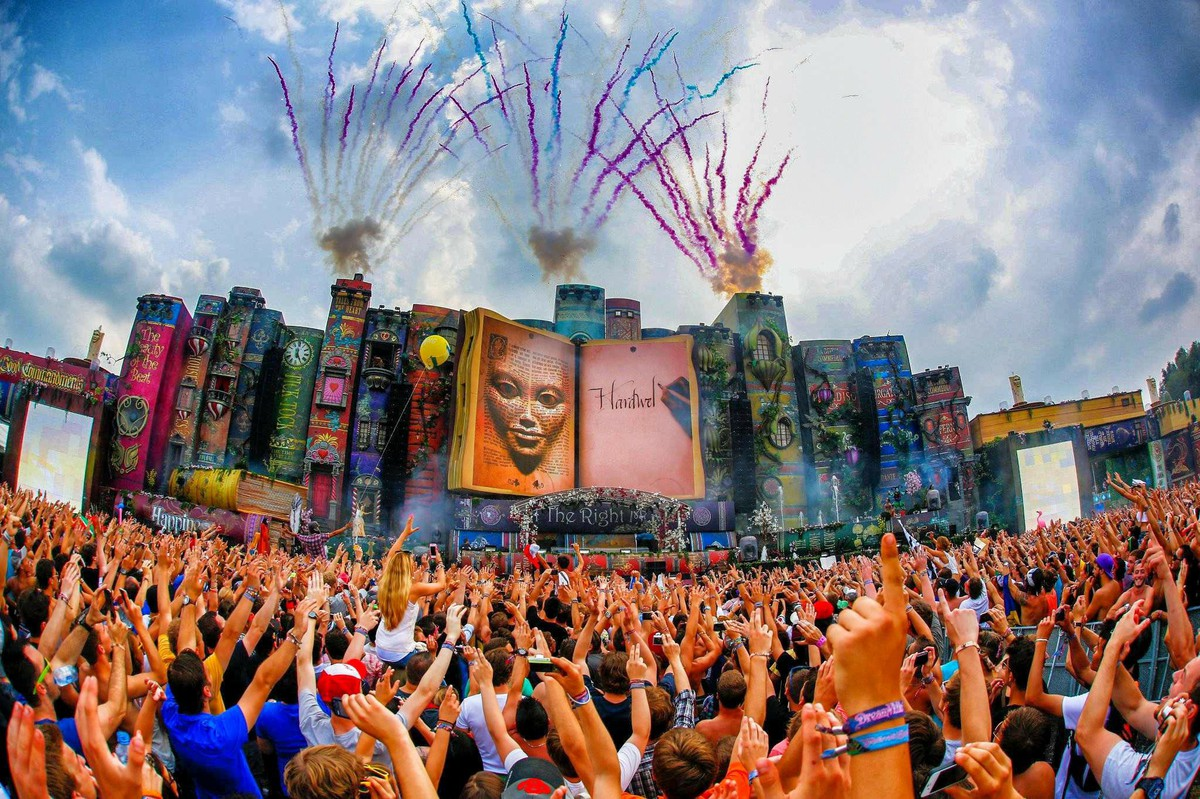 Swedish House Mafia Hd Wallpapers Daetube Tomorrowland 2013 Pre Movie Hd