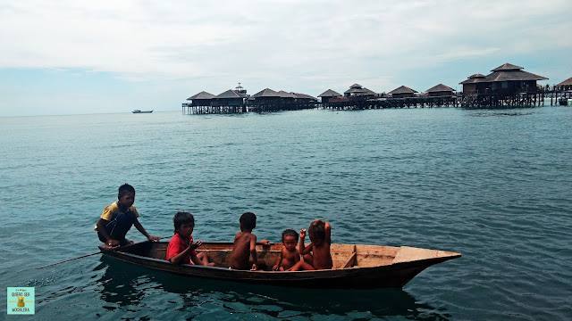 Sea gypsies, Mabul island (Borneo, Malaysia)