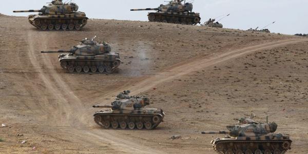 Εισβολή του τουρκικού Στρατού στην Κομπάνι - Πολιορκείται η πόλη-σύμβολο των Κούρδων