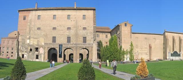 Palazzo dela Pilotta em Parma