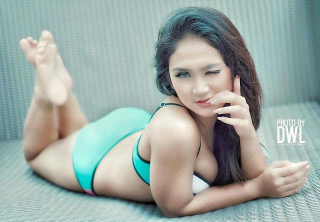 Model Cantik dan Imut Lavenia Oviola