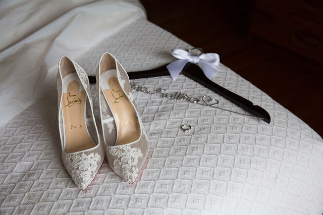 red bottom louis vutton wedding shoes with ring and custom hanger