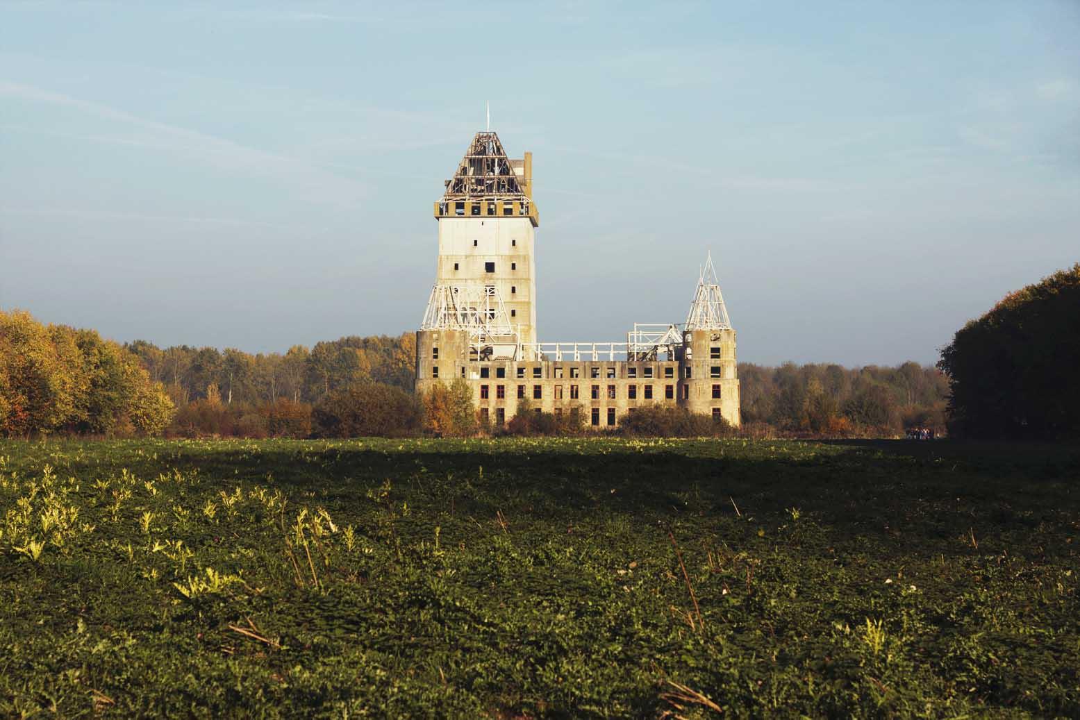Almere castle