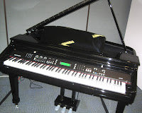 digital grand pianos