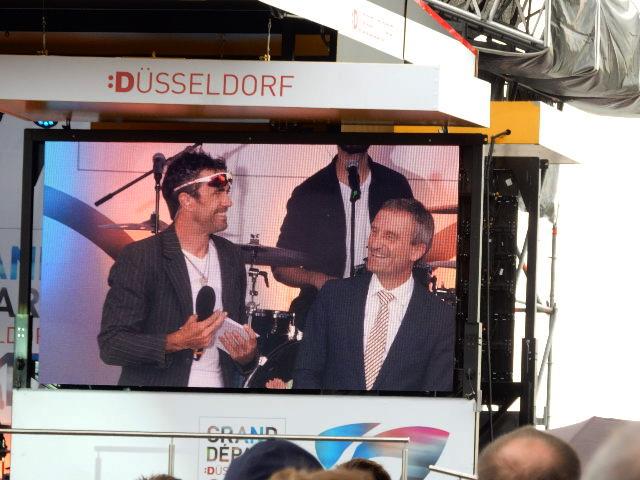http://www.express.de/duesseldorf/tour-auftakt-duesseldorf-feiert-das-groesste-sportevent-des-jahres-27884808?originalReferrer=