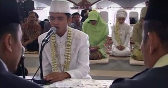 Kisah Menyentuh Hati: 'Aku Nikahkan Anakku dengan Mahar QS ...