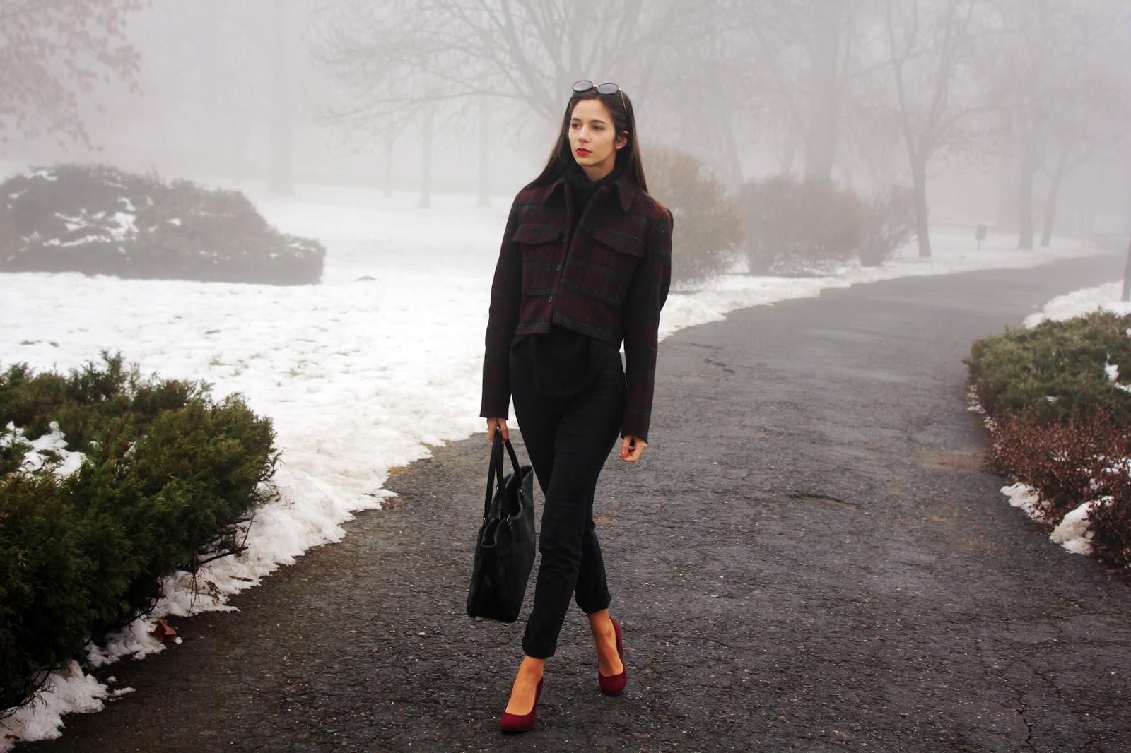 Ezt a vadi új Zara kabátot mindössze 300 forintért és a felsőt 3884adfe50
