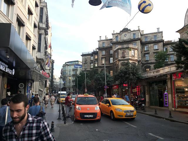 Salah satu sudut jalan di Taksim Sqaure Istambul