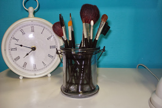 How I Clean My Brushes