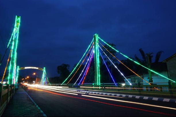 Ada Wisata Kuliner di Jembatan Kironggo Yang Wajib Anda Kunjungi